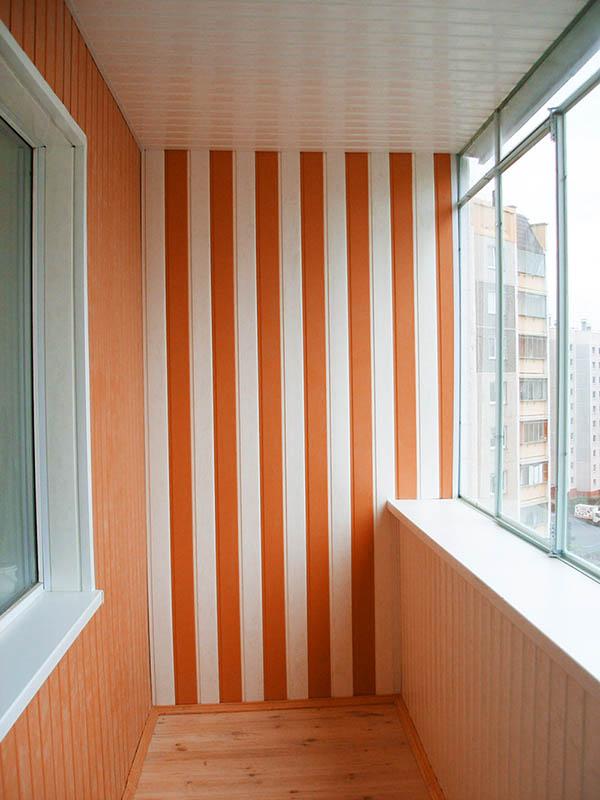 Яркий, теплый балкон как отдельная комната
