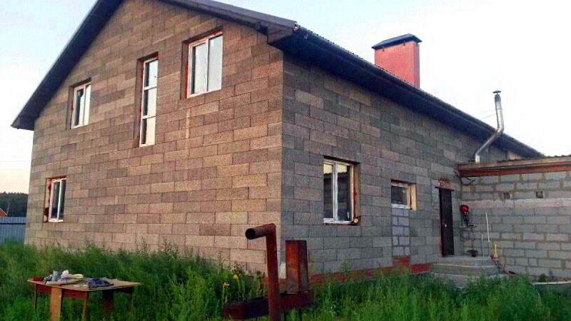 Дом без внешней отделки