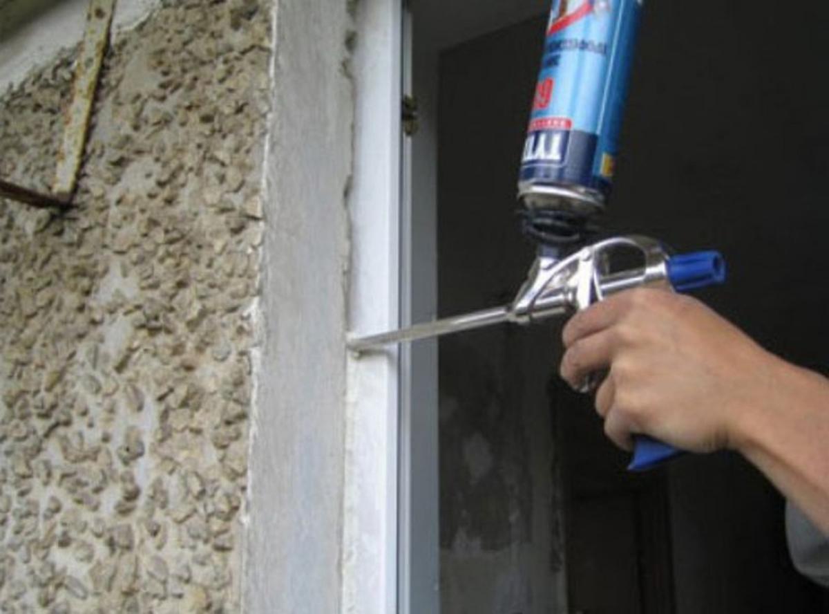 Как применять очиститель после монтажных работ