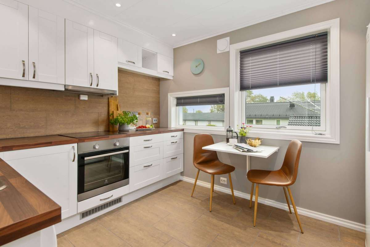 Фото белой кухни