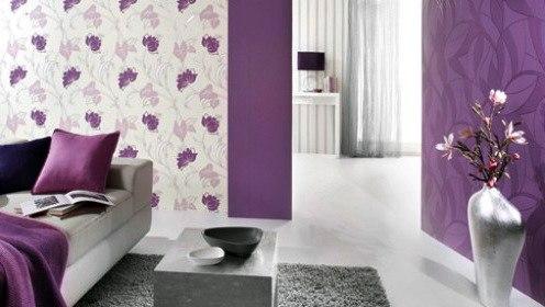 Фото спальни в фиолетово-белых тонах